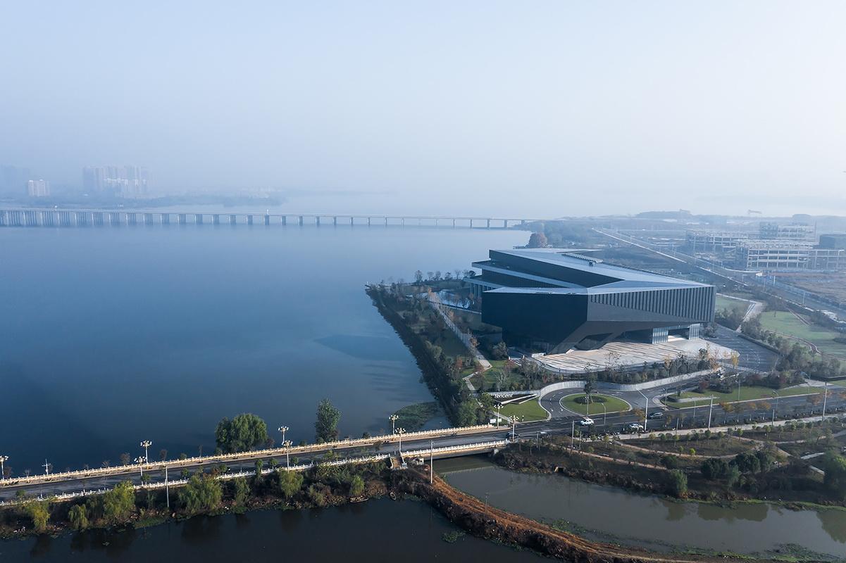 湖北武汉腾讯研发中心/栖城设计
