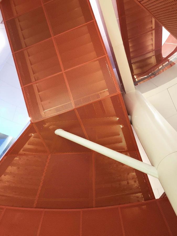 调整大小 26_27楼梯细部_卢泳摄影.jpg