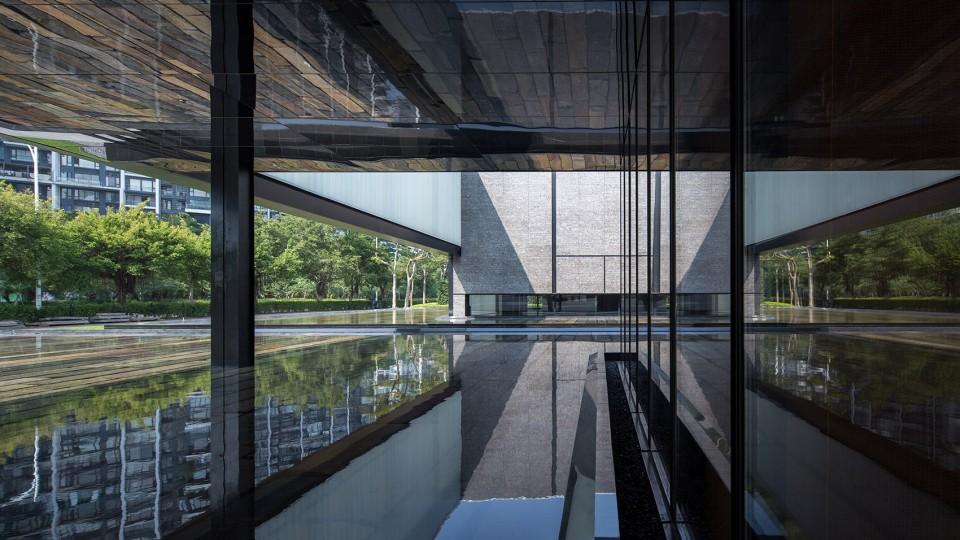 The Exhibition Center of Super Headquarters Base in Shenzhen Bay by Shenzhen Huahui Design-15