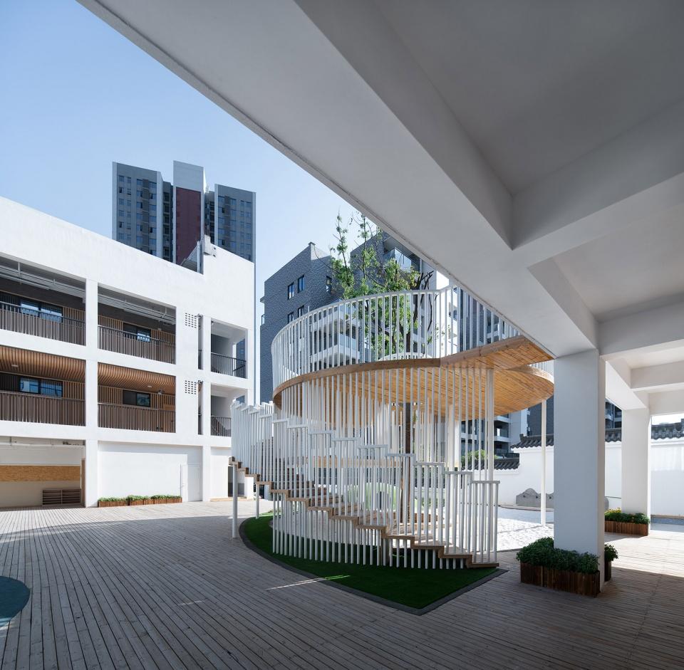 十堰A+自然幼儿园建筑设计/ 迪卡幼儿园设计中心