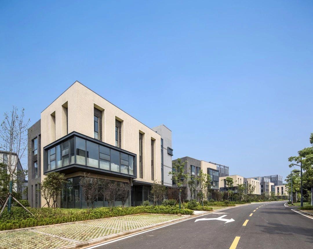 湖北黄石光谷联合科技城规划及建筑设计/AAI