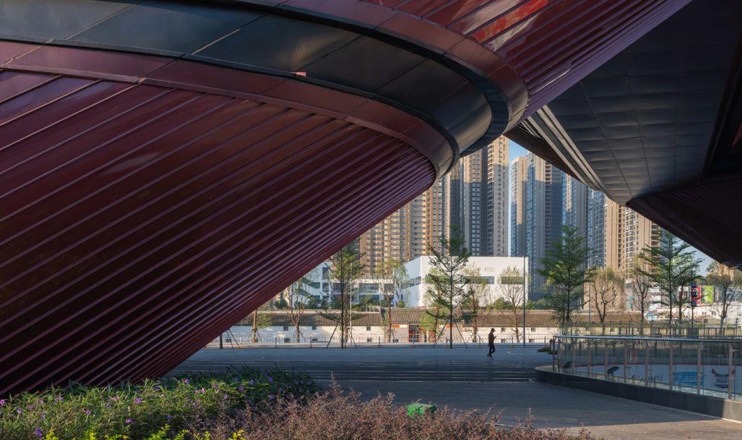 深圳龙岗三馆一城建筑设计/CCDI