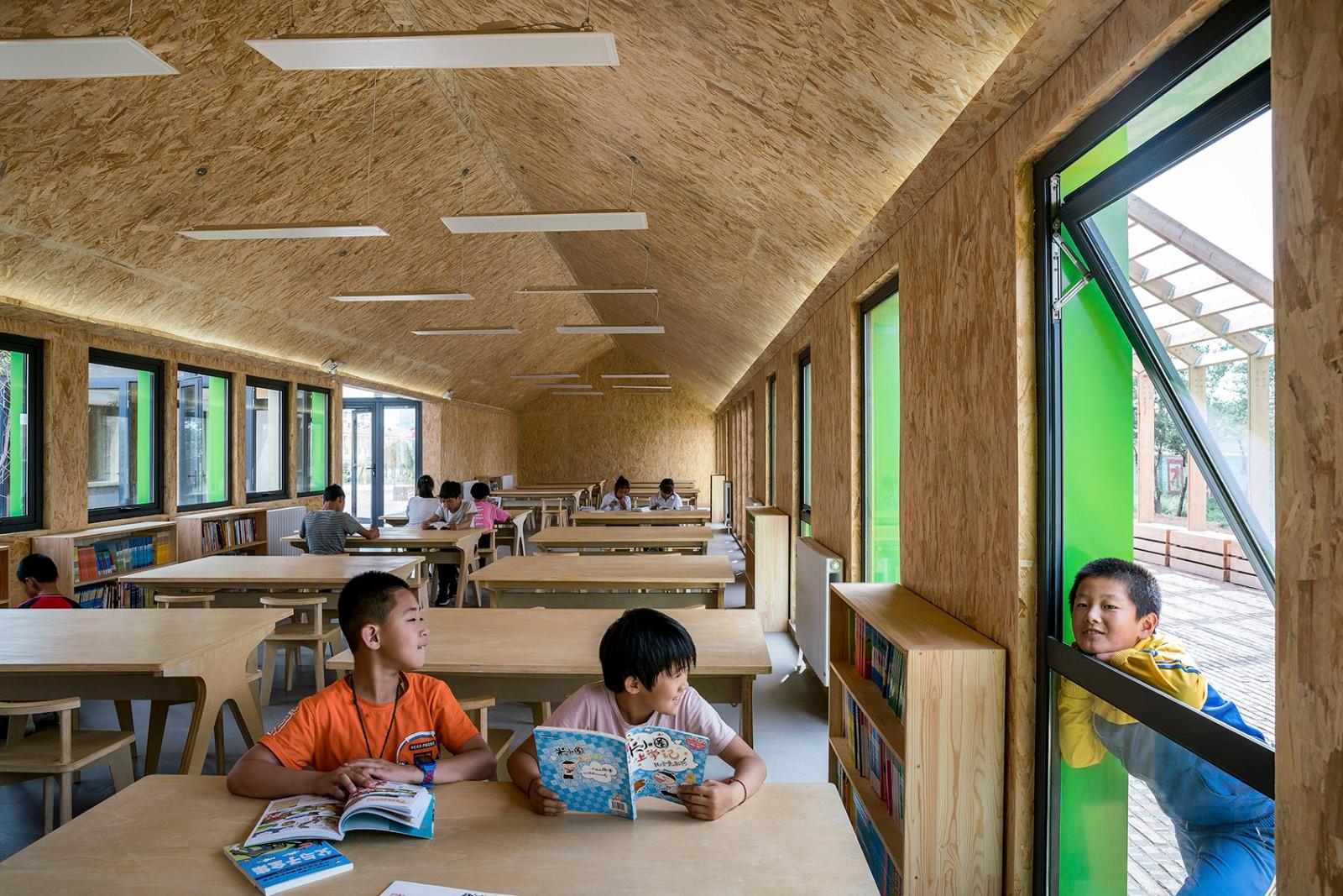 河北张北县二台镇华夏之星初心图书馆建筑设计/度态建筑