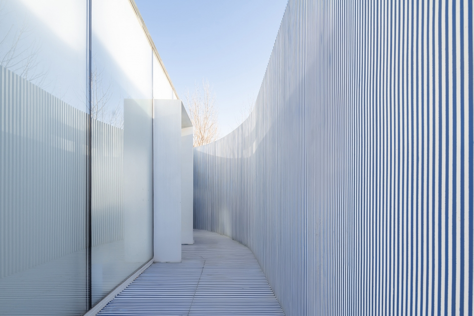 029-striped-house-china-by-wutopia-lab-960x640.jpg