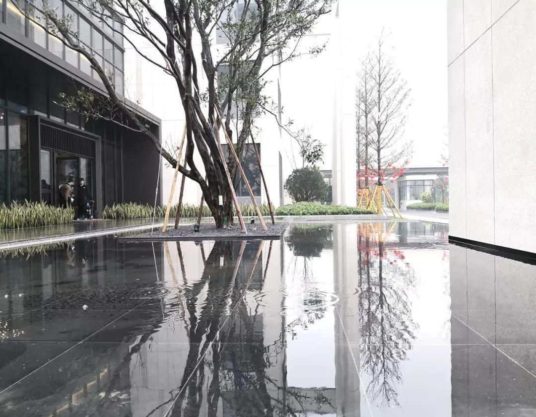 广西南宁万科悦江南展示区建筑设计/基准方中