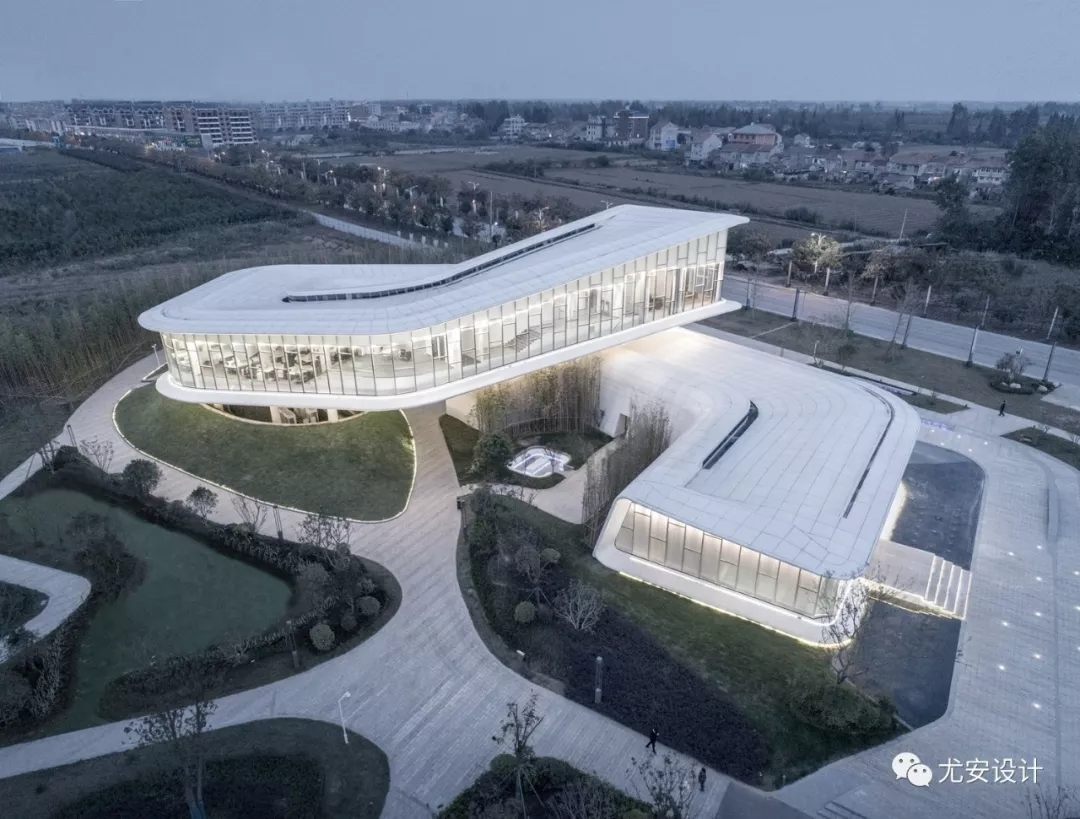 湖北洪湖绿地新滩展示中心建筑设计/尤安设计