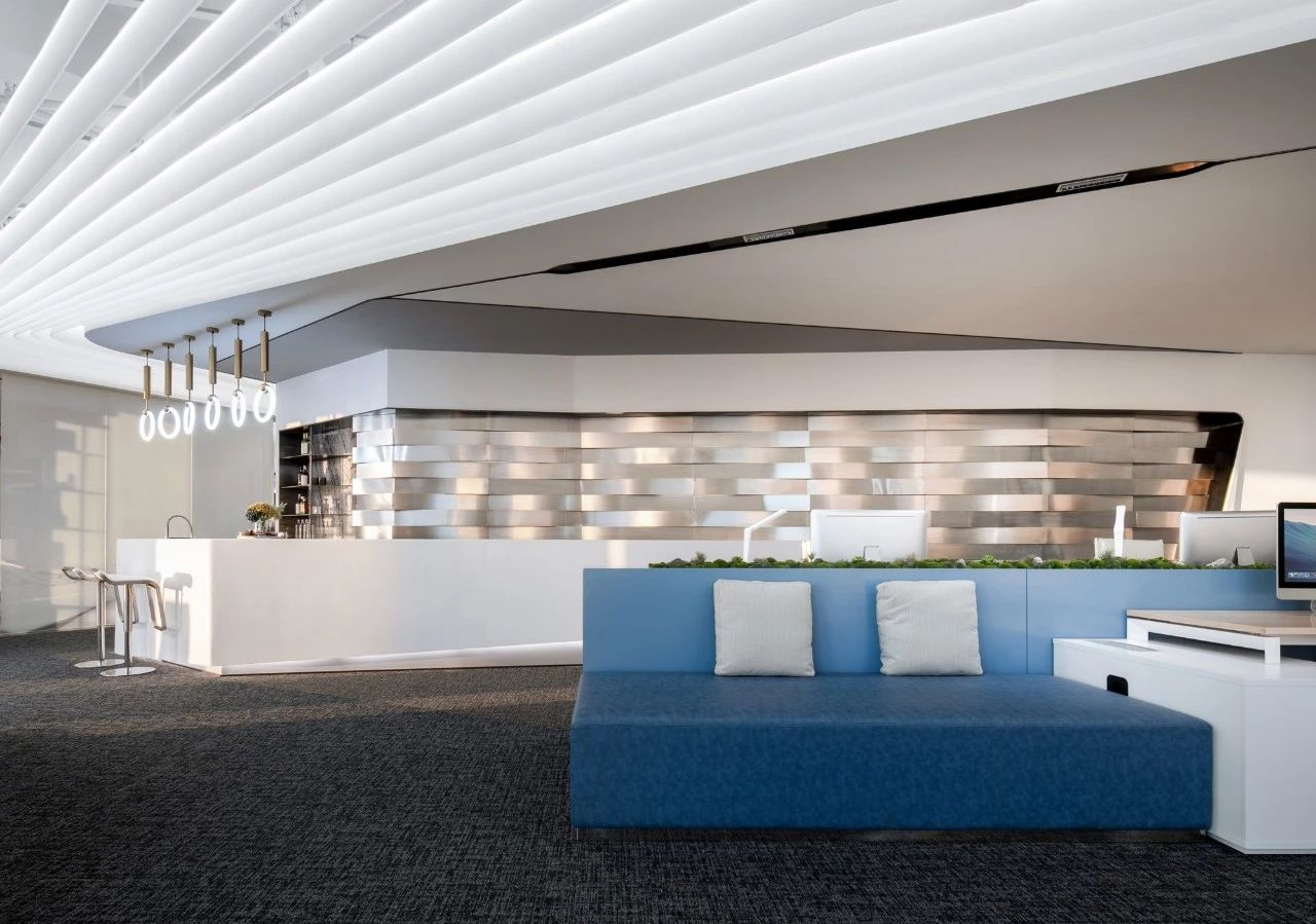 深圳万科滨海云中心办公展厅室内设计/香港汇创国际