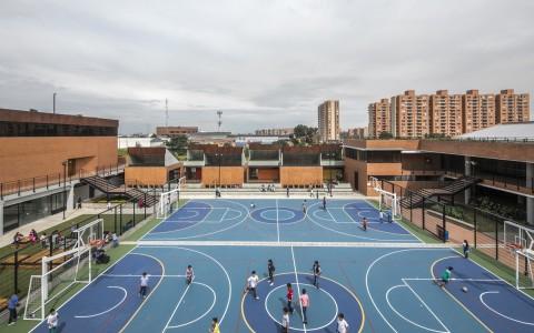 庭院中的学校,学校中的庭院——哥伦比亚中小学建筑letou国际米兰下载/FP Arquitectura