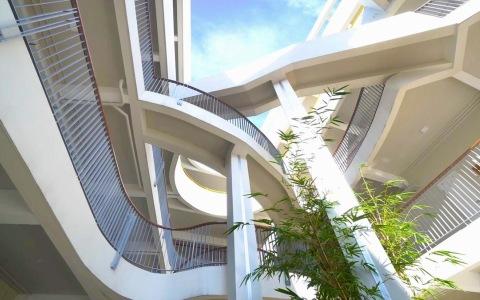 越南河内生态折线学校建筑letou国际米兰下载/1+1>2 Architects