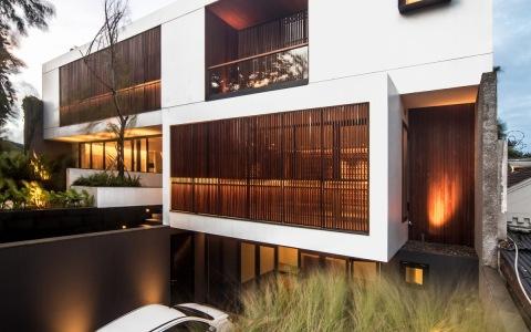 印度尼西亚雅加达独立住宅建筑letou国际米兰下载/Rafael Miranti Architects