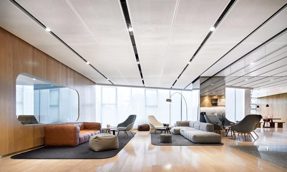 广州蔚来体验中心(NIO House)室内设计/上海中森