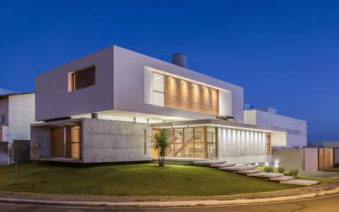 巴西简约独立住宅建筑letou国际米兰下载/Martins Lucena Arquitetos