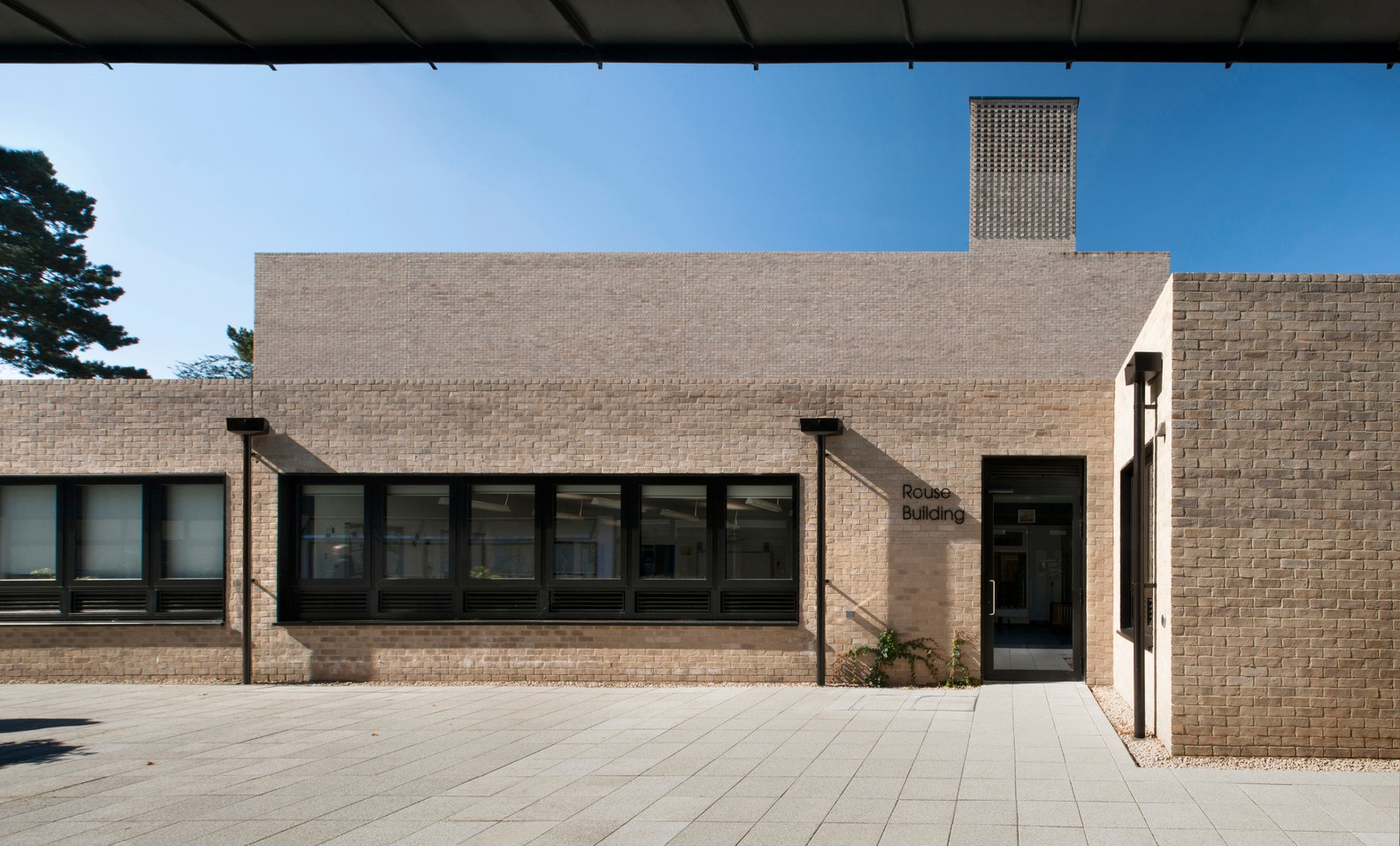 英国剑桥perse学院表演艺术中心建筑设计/Haworth Tompkins