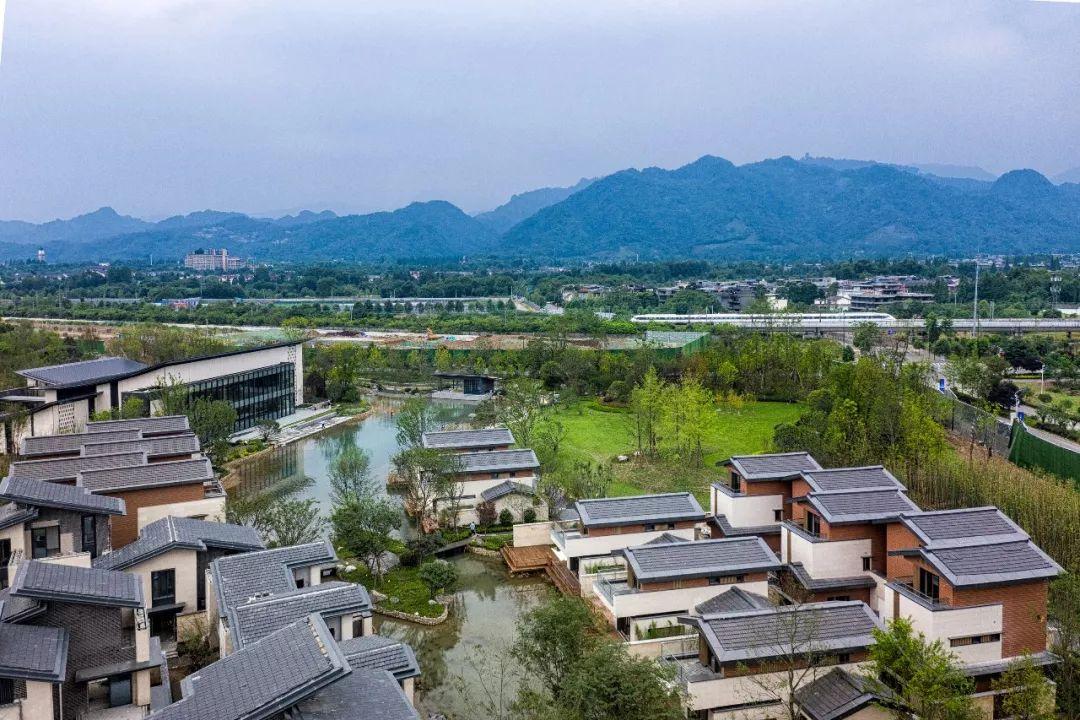 绿地都江堰青城小镇景观设计/奥雅设计
