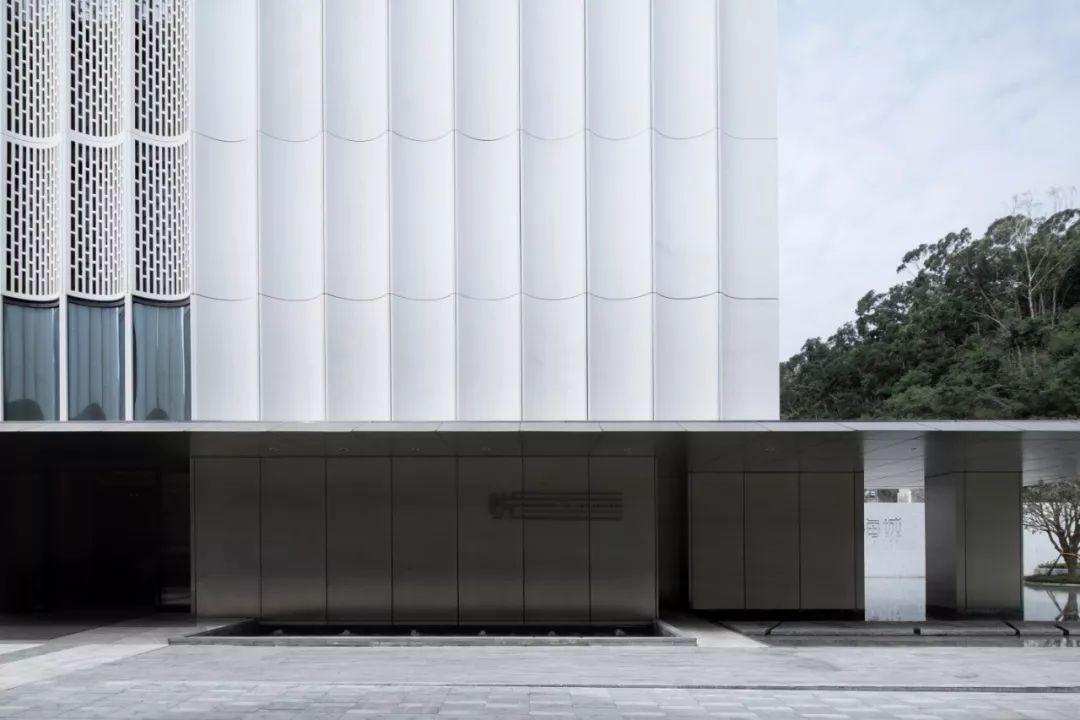 深圳悦·艺术馆—金威啤酒厂改造设计/BLACKhome