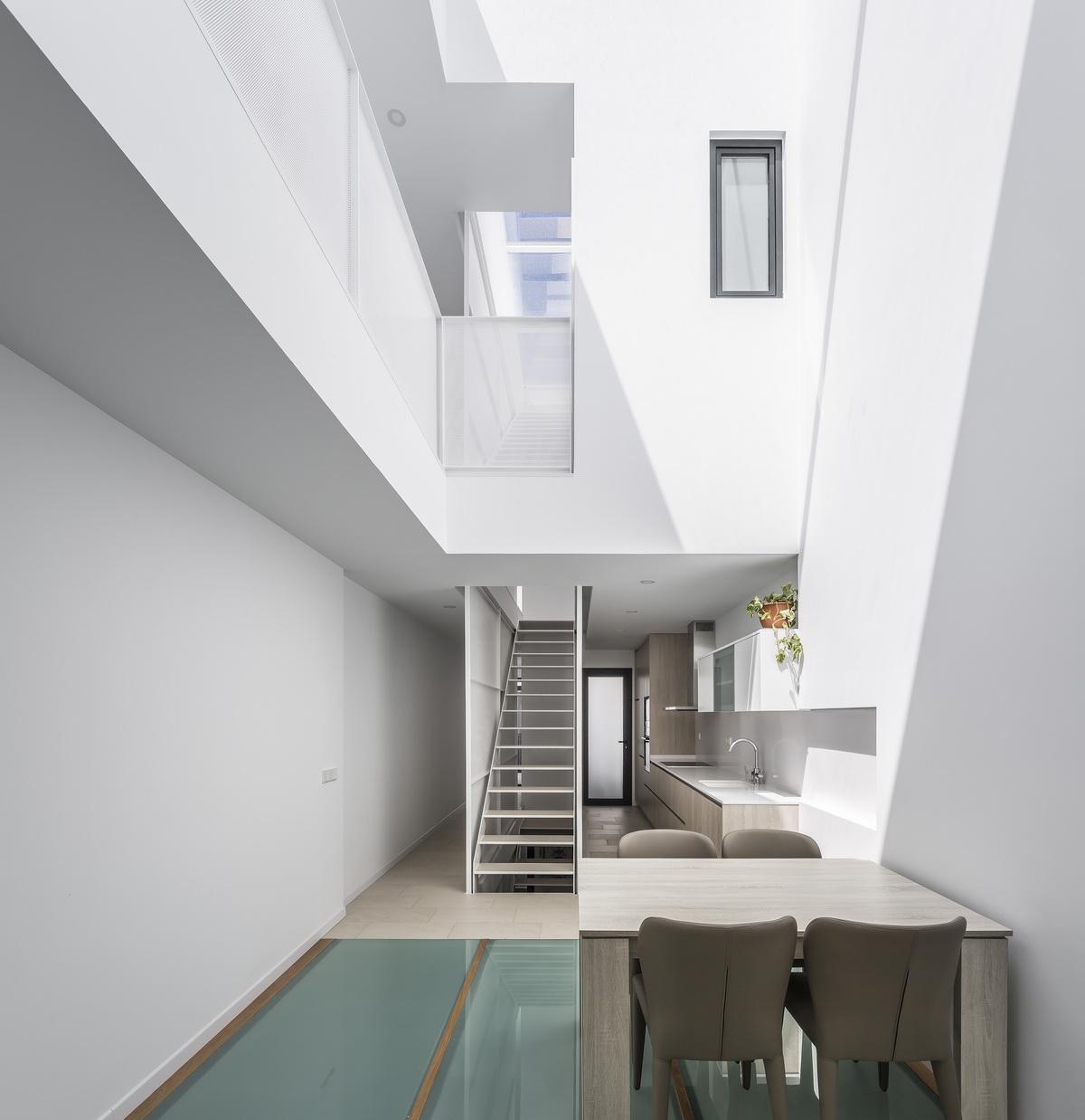 西班牙V19独立住宅建筑设计/Viraje arquitectura