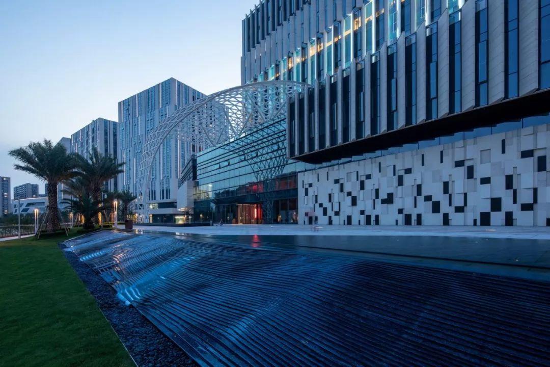 杭州华策总部综合体景观设计/迈丘设计