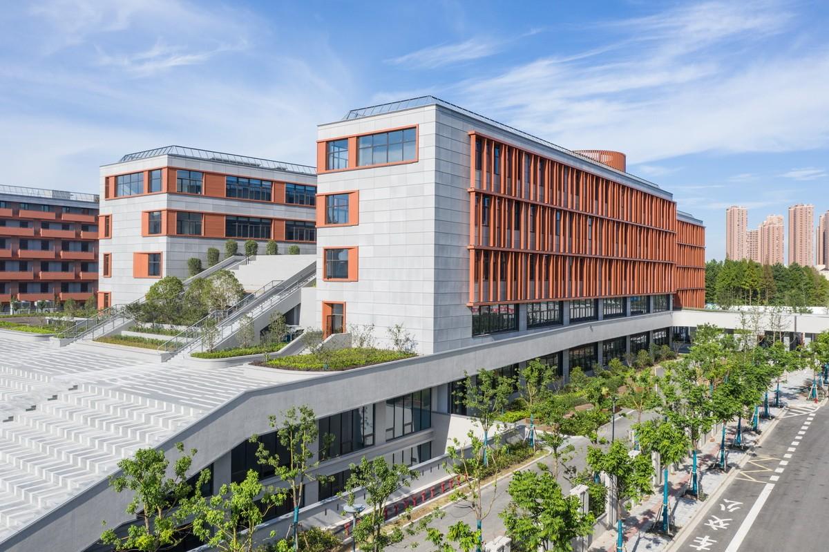 上海托马斯实验学校建筑设计/同济大学建筑设计研究院