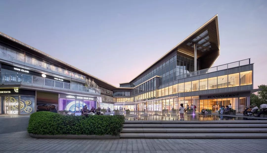 南京尧化门峯汇中心建筑设计/致逸设计