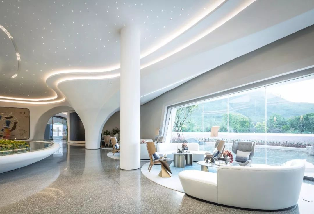 云南龙湖抚仙湖星空度假小镇营销中心室内设计/李益中空间设计