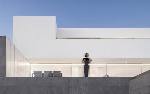 西班牙圣波拉极简独立住宅建筑letou国际米兰下载/Fran Silvestre Arquitectos