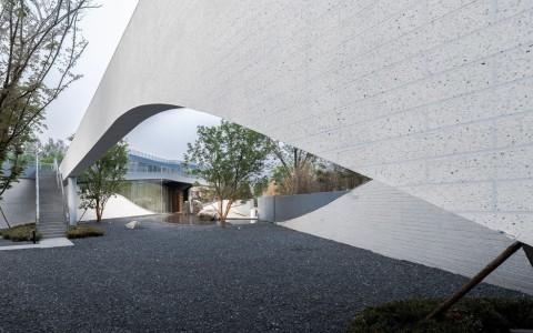 北京五里春秋泛文化艺术中心 / 时境建筑