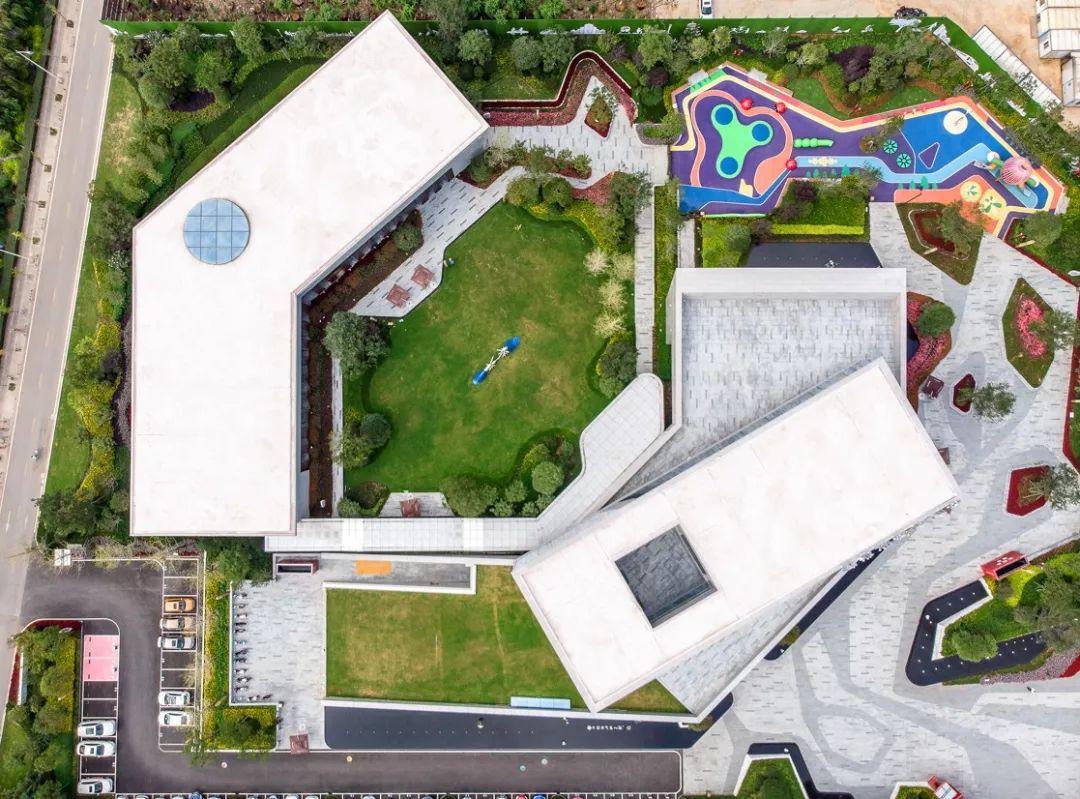 昆明佳兆业城市广场售楼处建筑设计/CUBE立方设计/库博设计