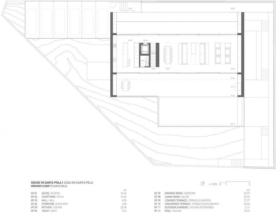 西班牙圣波拉极简独立住宅建筑设计/Fran Silvestre Arquitectos