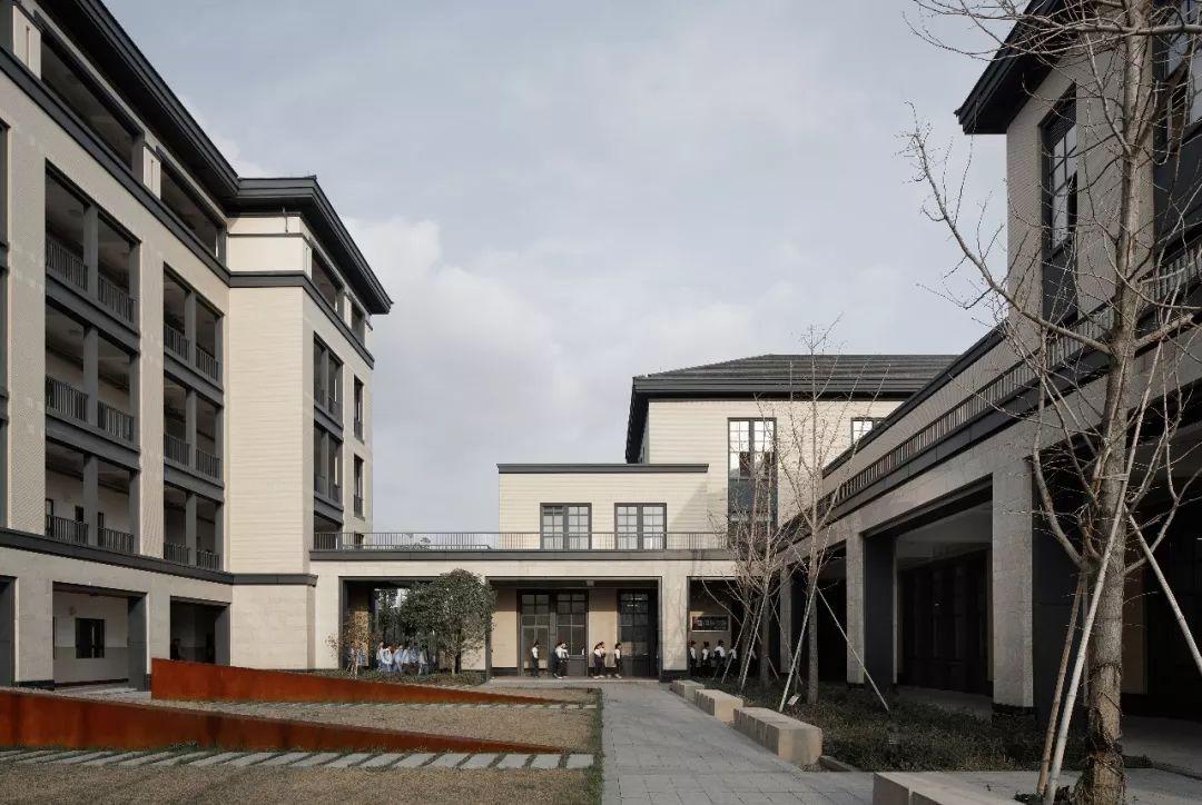 杭州市五常中学迁建工程建筑设计 / UAD浙大设计