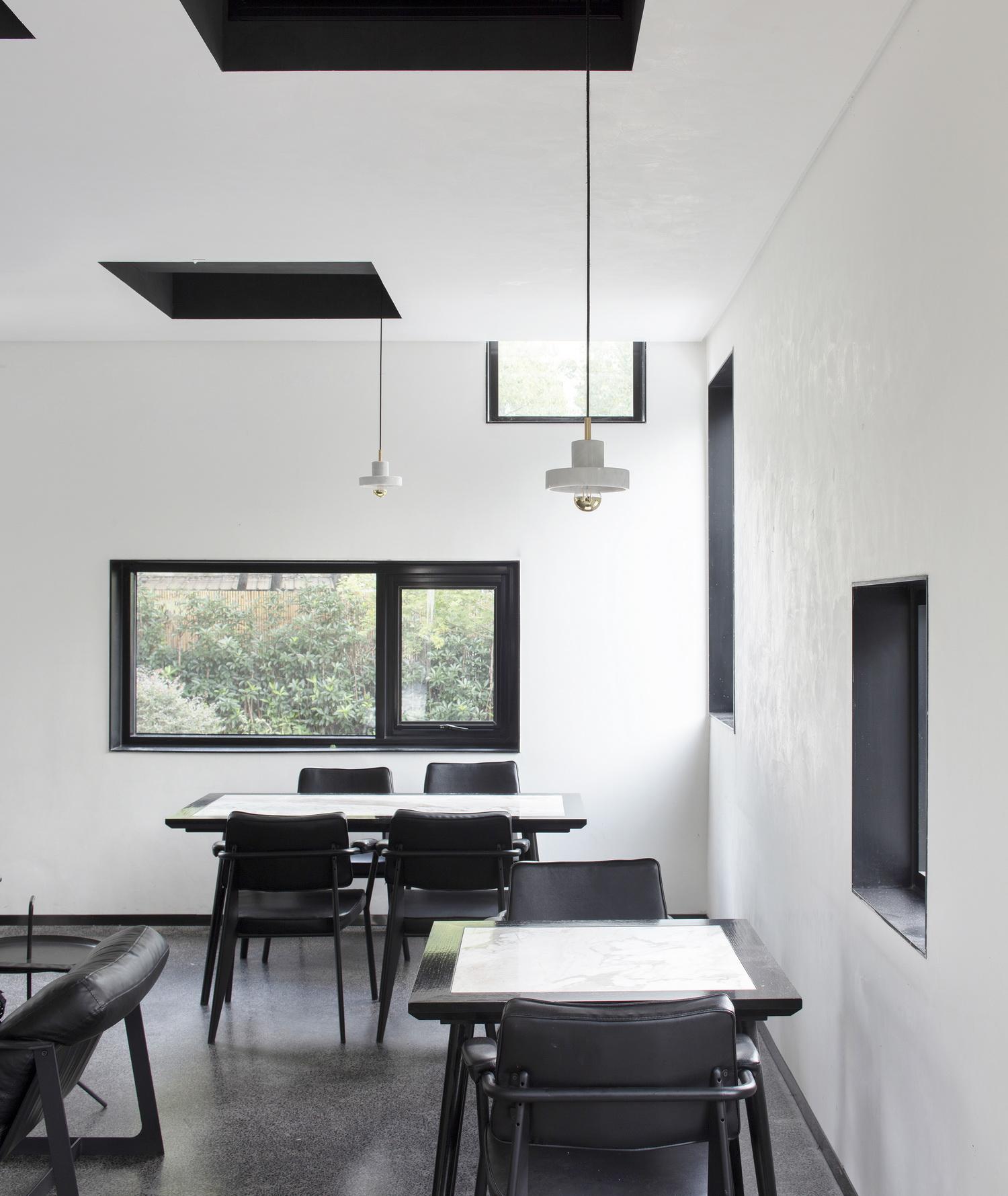 乌镇隐墅设计师酒店建筑改造设计 / 本位空间设计