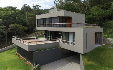 伊塔科鲁比之家 独立住宅建筑letou国际米兰下载 / Mari Girardi Arquitetos Associados