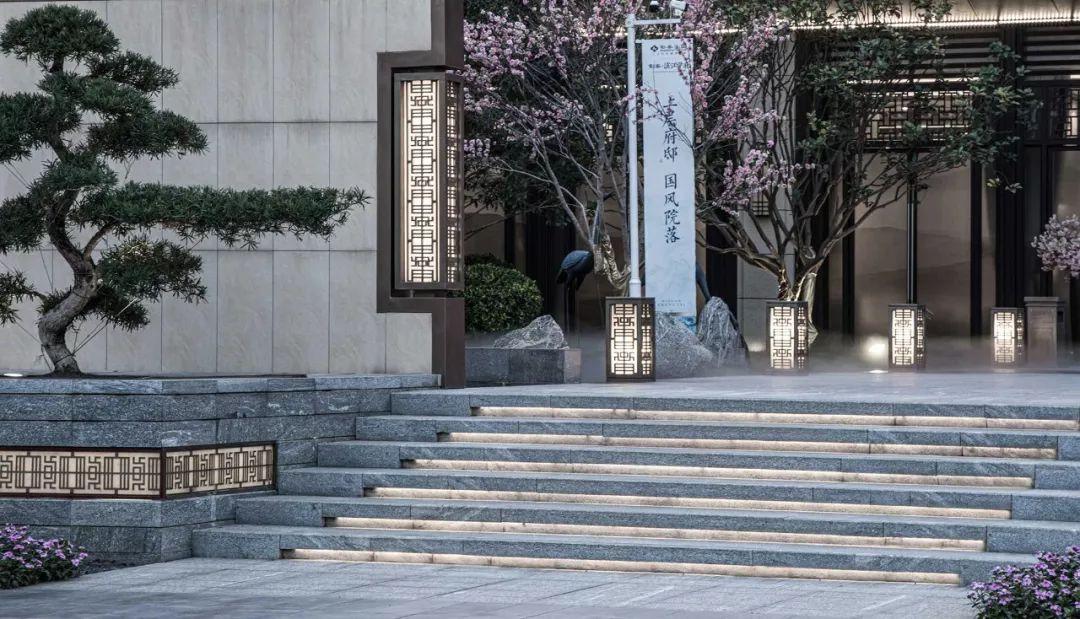 南宁彰泰·滨江学府景观设计 / 伍道景观