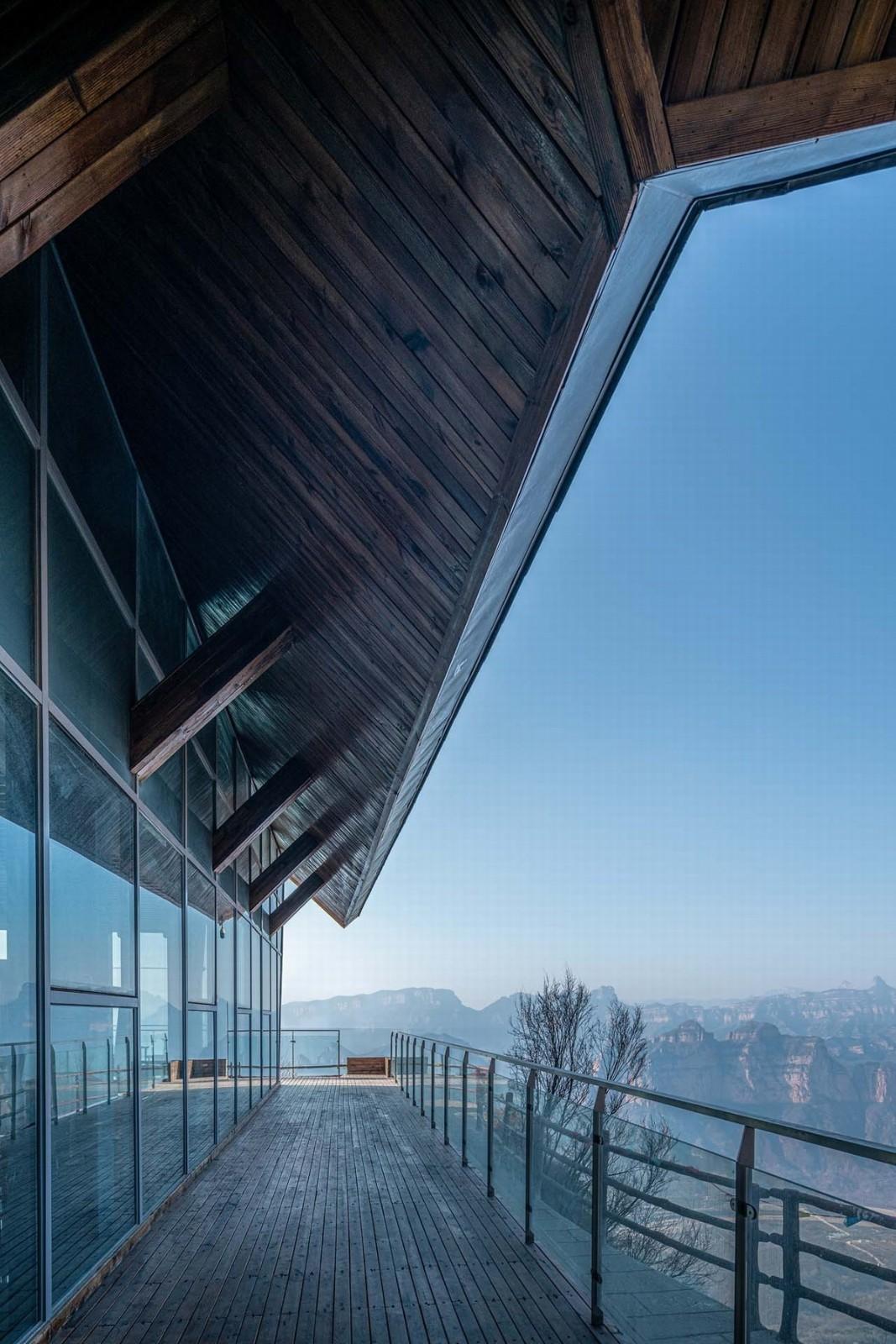 邯郸悬崖上的餐厅建筑设计 / 北京天地都市建筑设计