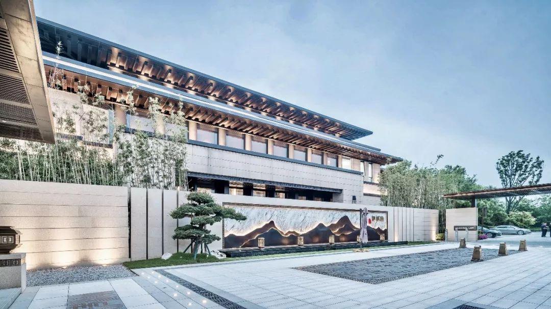 郑州·正商河峪洲展示中心建筑方案设计 / 承构建筑