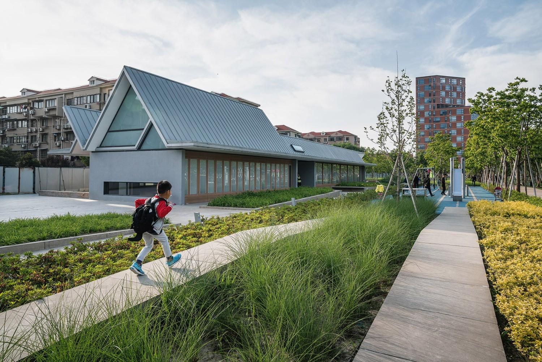 上海徐汇跑道公园景观设计 / Sasaki