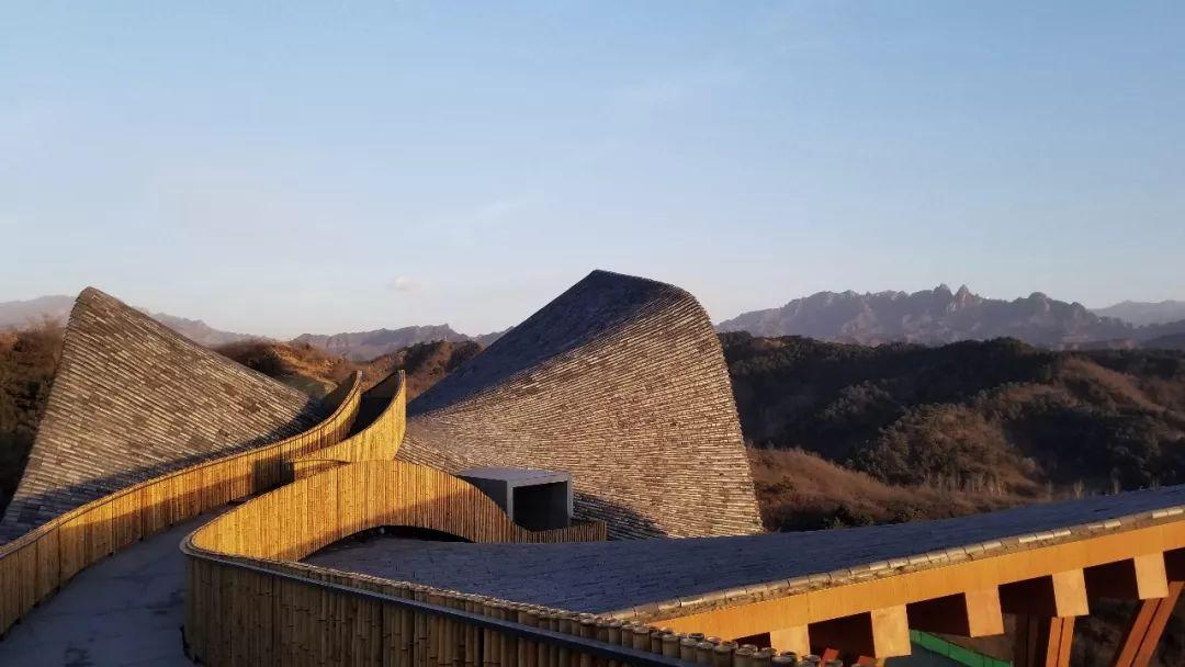 北京凤凰谷山顶艺术中心建筑设计 / dEEP建筑事务所