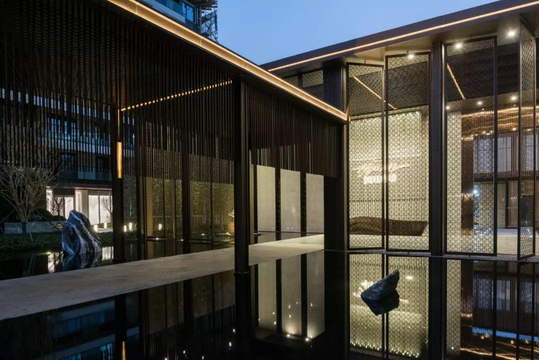 绿地香港义乌朝阳门 · 海珀篁朝景观设计 / 奥雅设计