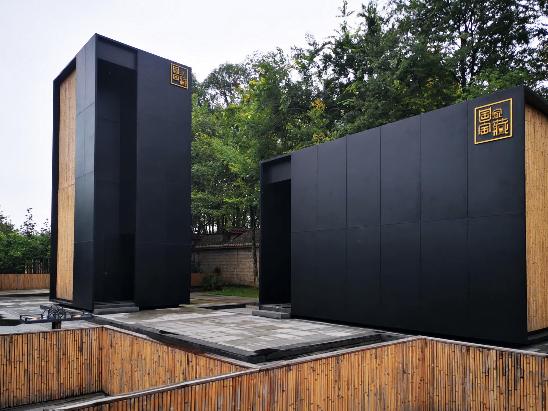 成都国家宝藏体验馆 摄影作品 / 黑白灰摄影