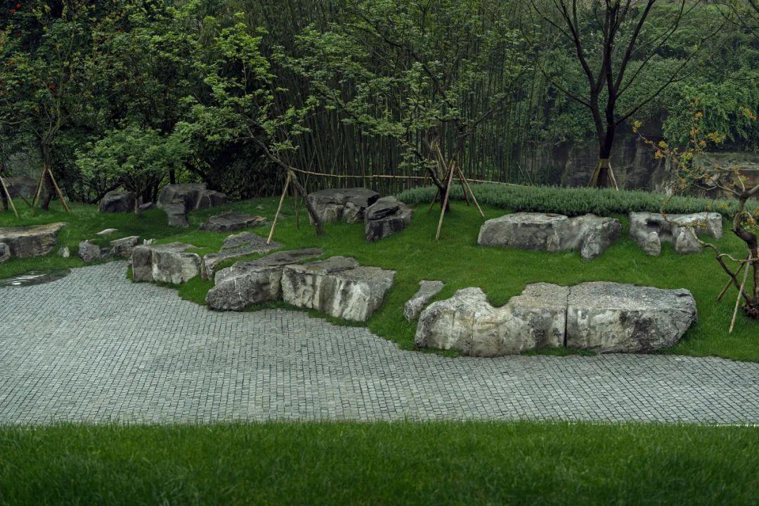 重庆融创文旅城曲水风和 景观设计 /  承迹景观