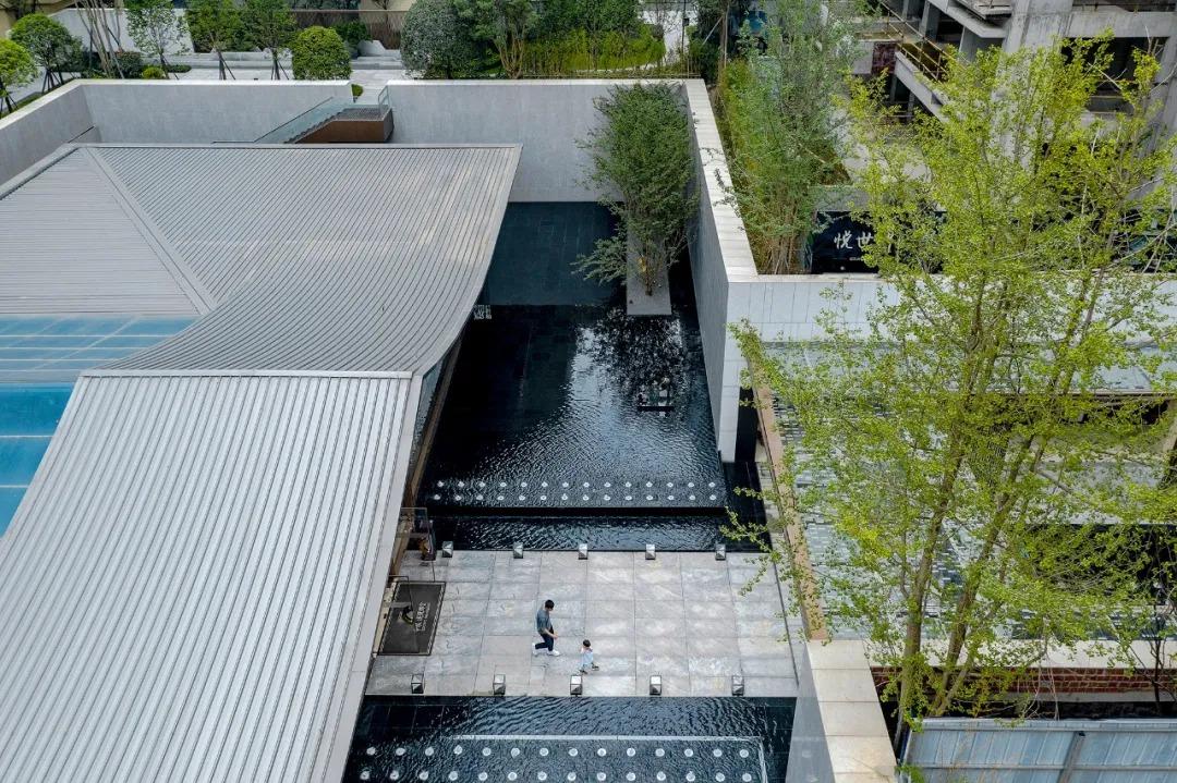 成都中粮珑悦锦云示范区 景观设计 / 普利斯设计集团