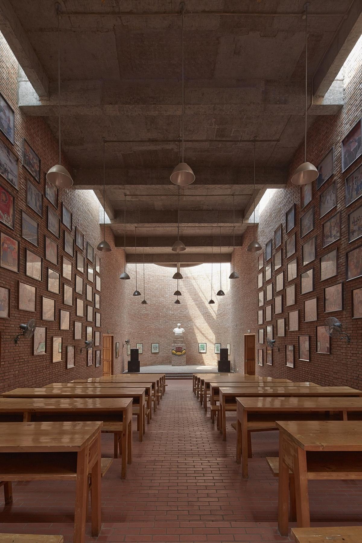 建川博物馆聚落 - 文革之钟博物馆 建筑设计 / 家琨建筑设计事务所