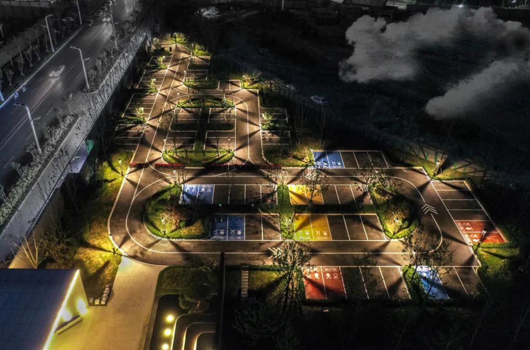 菏泽建邦公园 景观设计 /  北京德纳兰景观设计有限公司