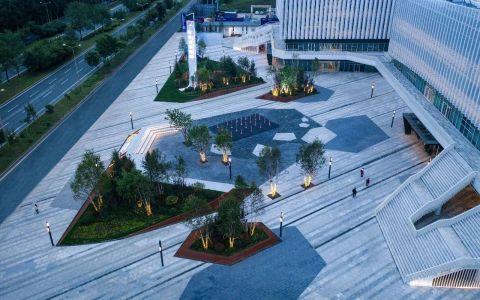 绿地东北亚国博城城市展厅 建筑letou国际米兰下载 /  荷于景观