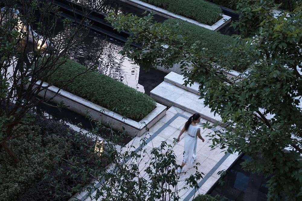 宜宾邦泰天誉大区 景观设计  / AOBO澳博景观