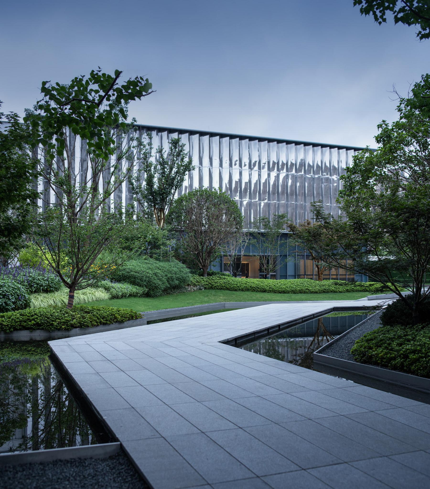 潮汐間的天空之鏡——綠城 南通誠園 示范區 景觀設計 /  ZSD卓時設計
