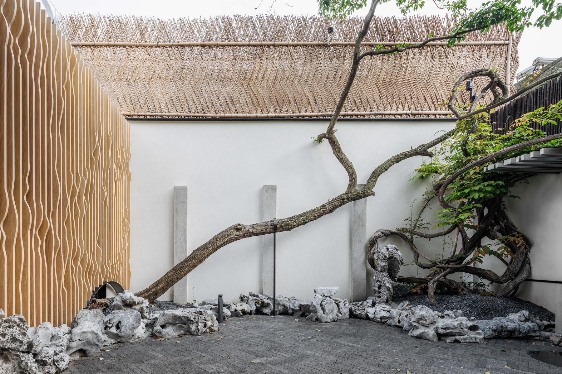 一米藏:在100平米的院子里不动声色地炫技 /  三益中国 & Wutopia Lab