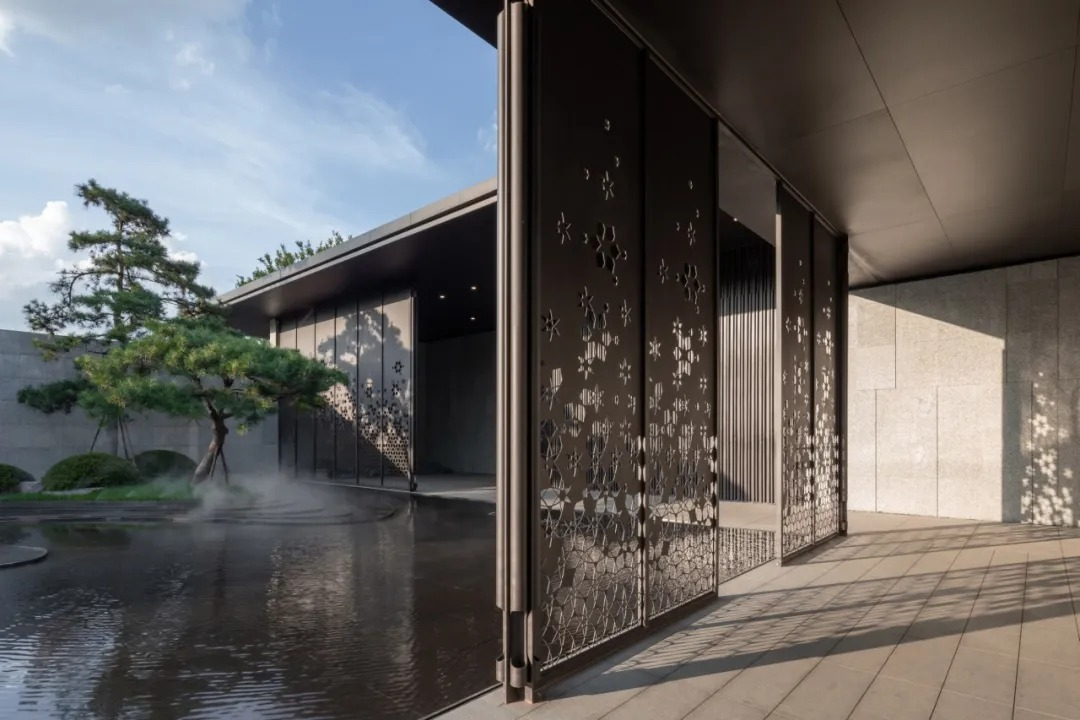 长沙东原麓印长江营销中心 景观设计 / 沃亚景观