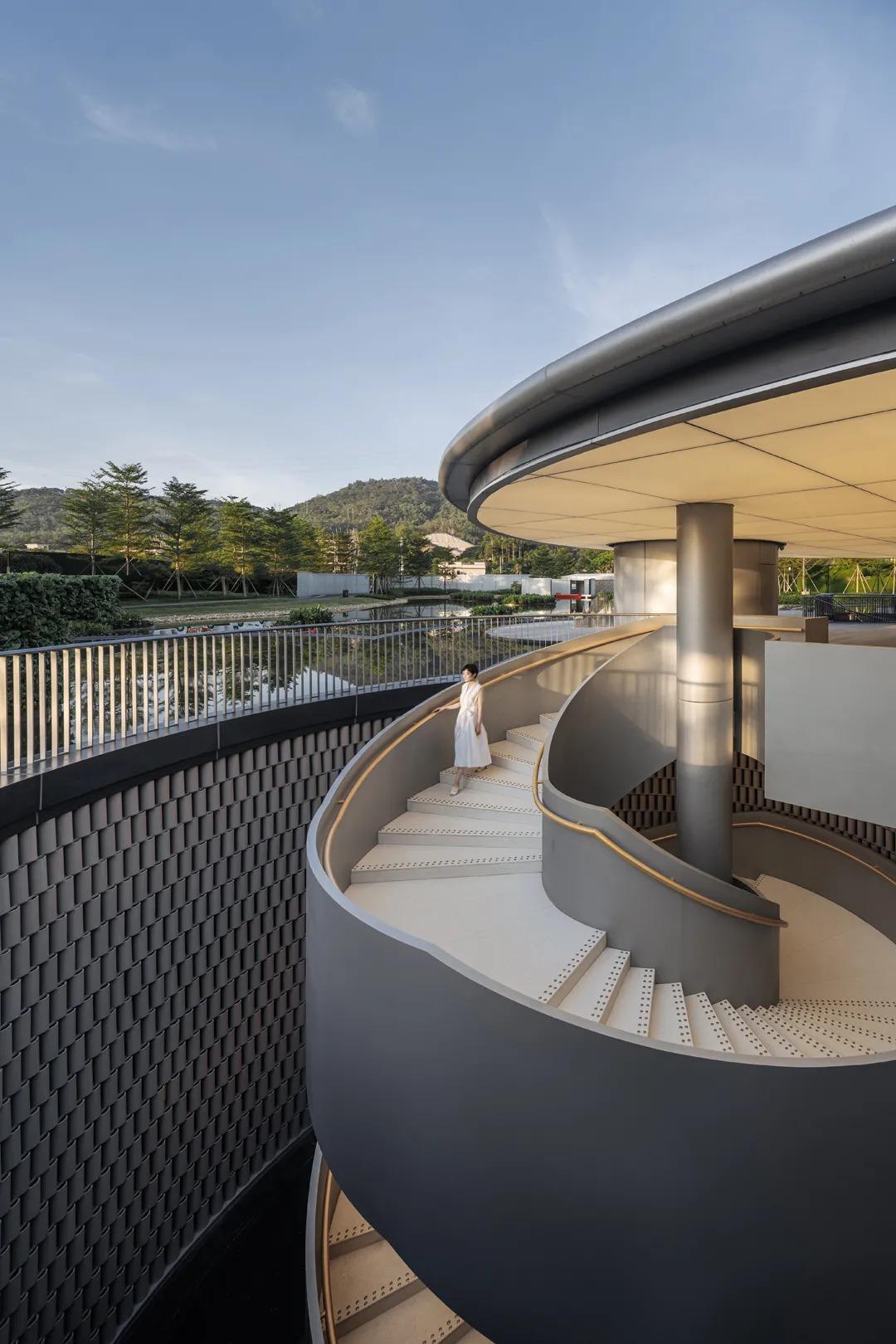平安罗浮山中医健康产业园展示中心 浮云山舍 建筑设计  / Wutopia Lab
