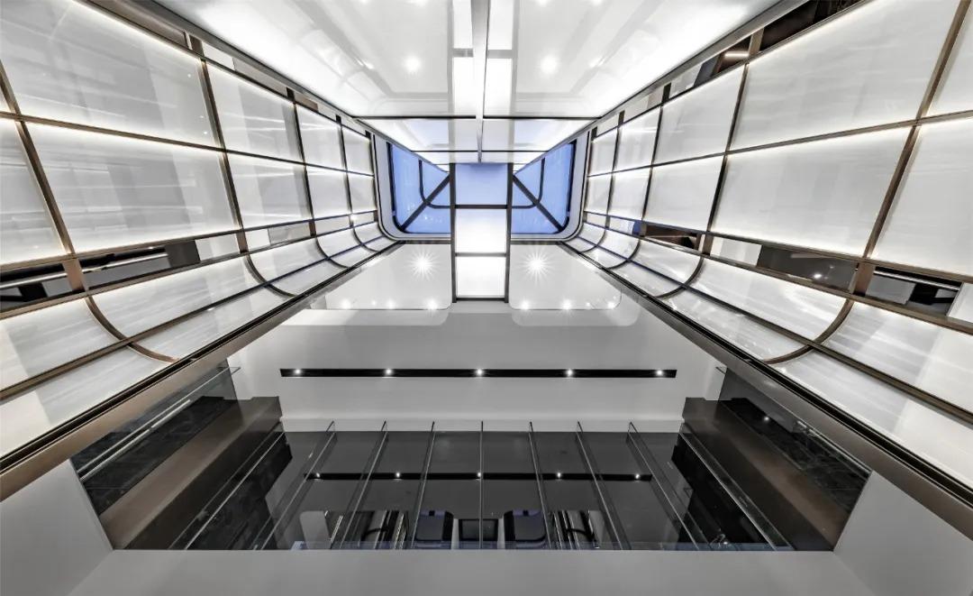卓越 · 平湖壹号 售楼处 室内设计 /  KLID达观国际