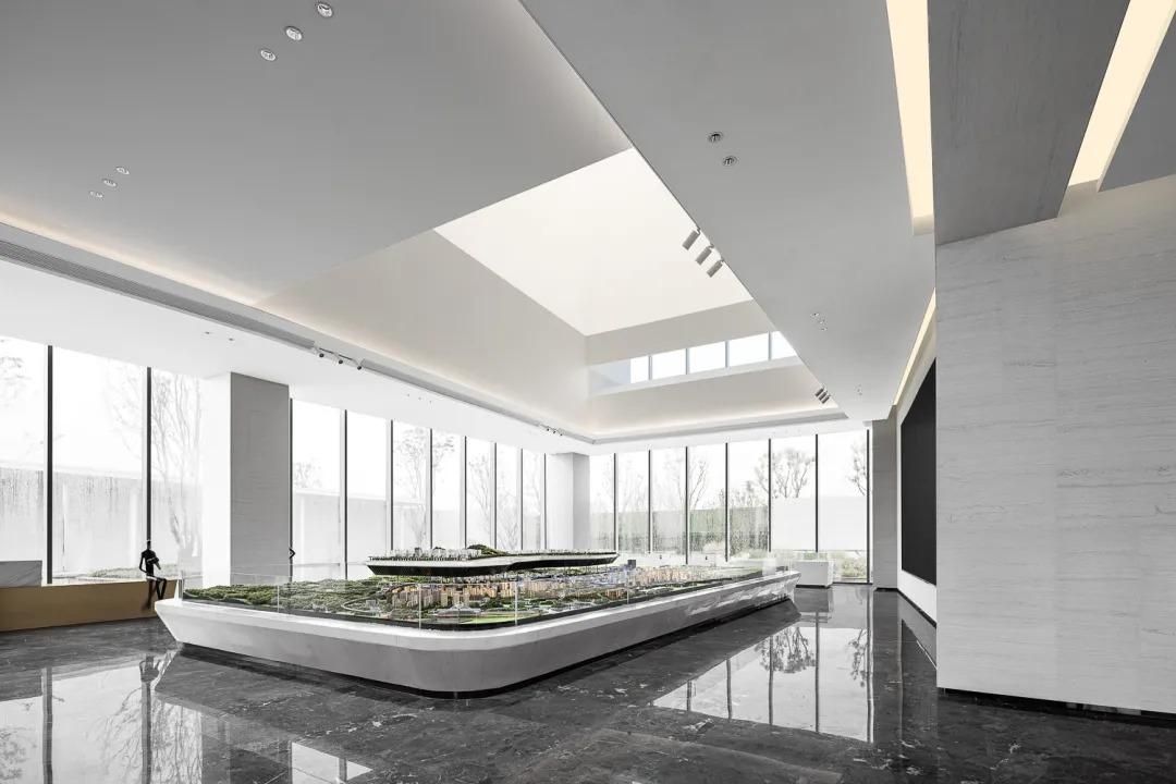 重庆融创城生活艺术馆 建筑设计 /  重庆天华